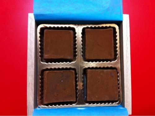 【チョコレート/プレゼント】バレンタインの参考に: 340円/1個の5thAVENUE生チョコレートたべた