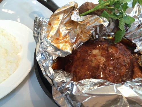 【品川ランチ】元中の人オススメ!つばめグリルの『つばめ風ハンブルグステーキ』を食す