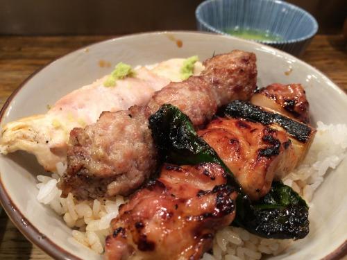 【東京ランチ】京橋の名店『伊勢廣』の焼き鳥丼が1000円で食べられる!超オススメ!